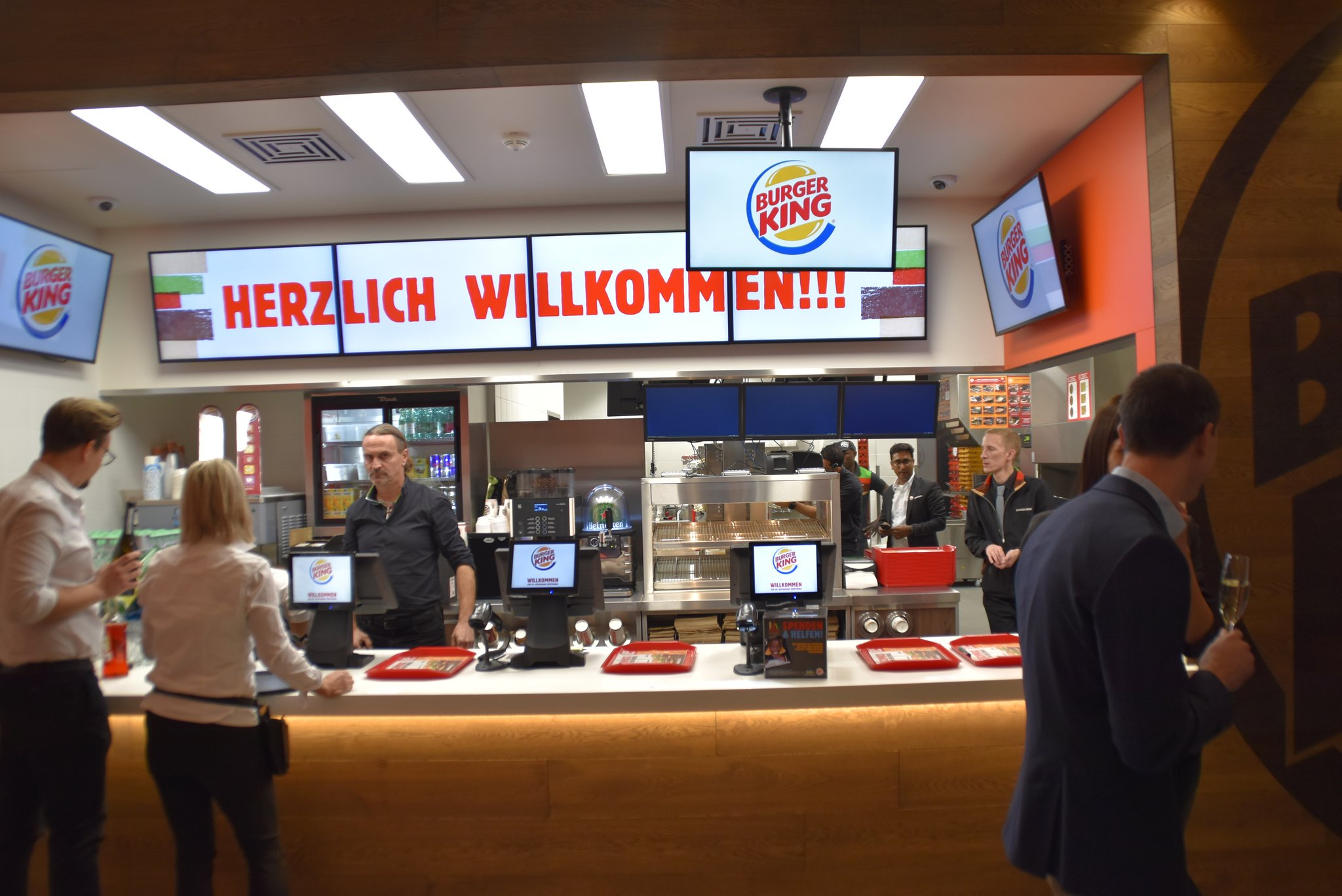 Burger King Ist Wieder Da Burger King Filiale In Innsbruck Mit