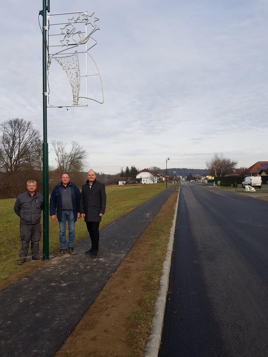 Weihnachtsbeleuchtung Anbringen.Lokales Beiträge Zur Rubrik Aus Jennersdorf Meinbezirk At