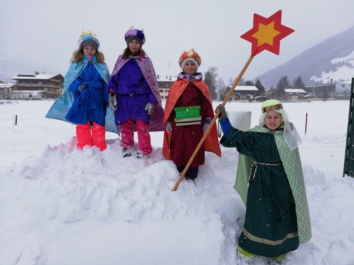 Sternsingeraktion 2019 Rund 10 000 Salzburger Kinder Sammelten Fur