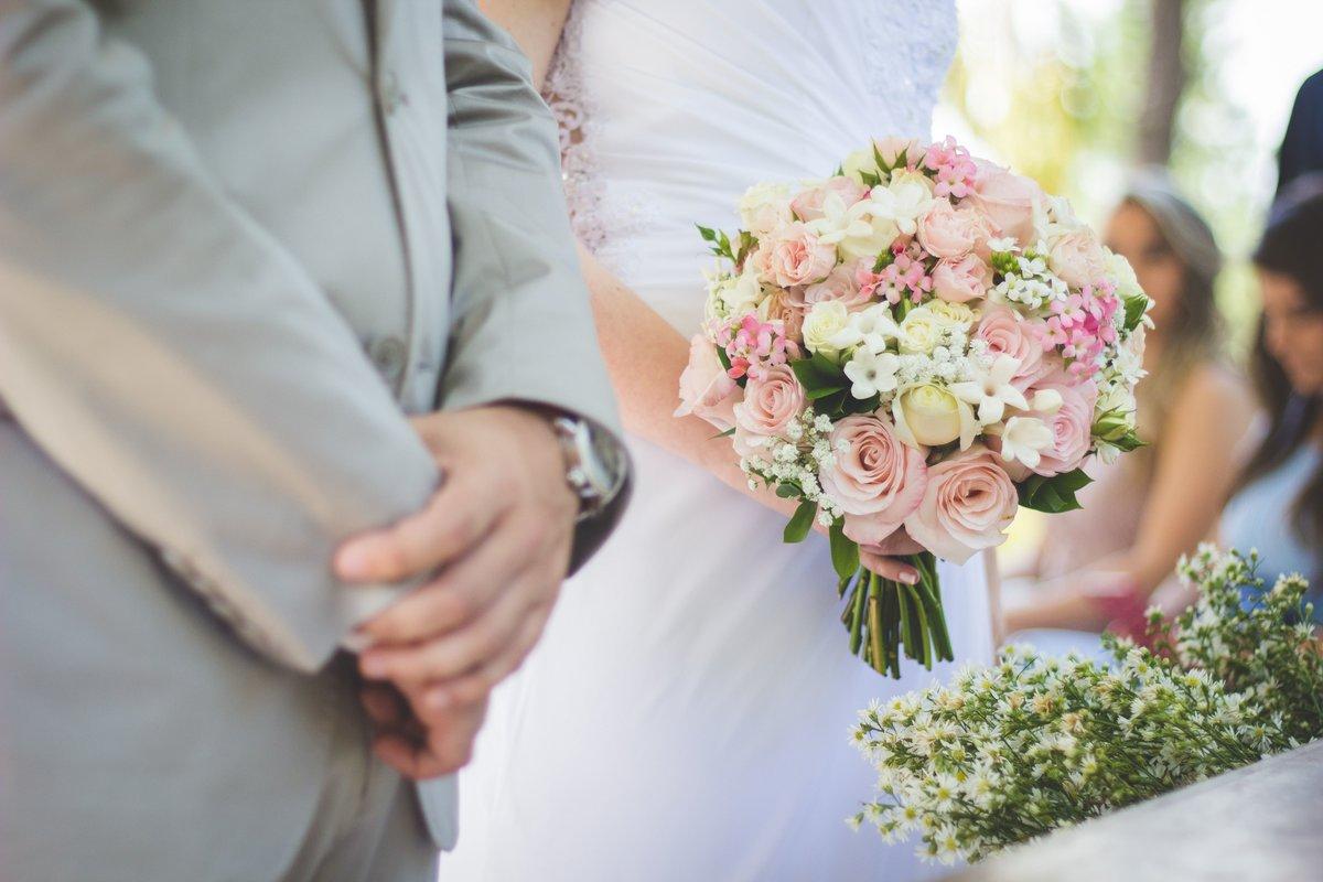 Hochzeitstrends 2019 Heuer Trifft Zitrus Auf Gold Am Altar Wien