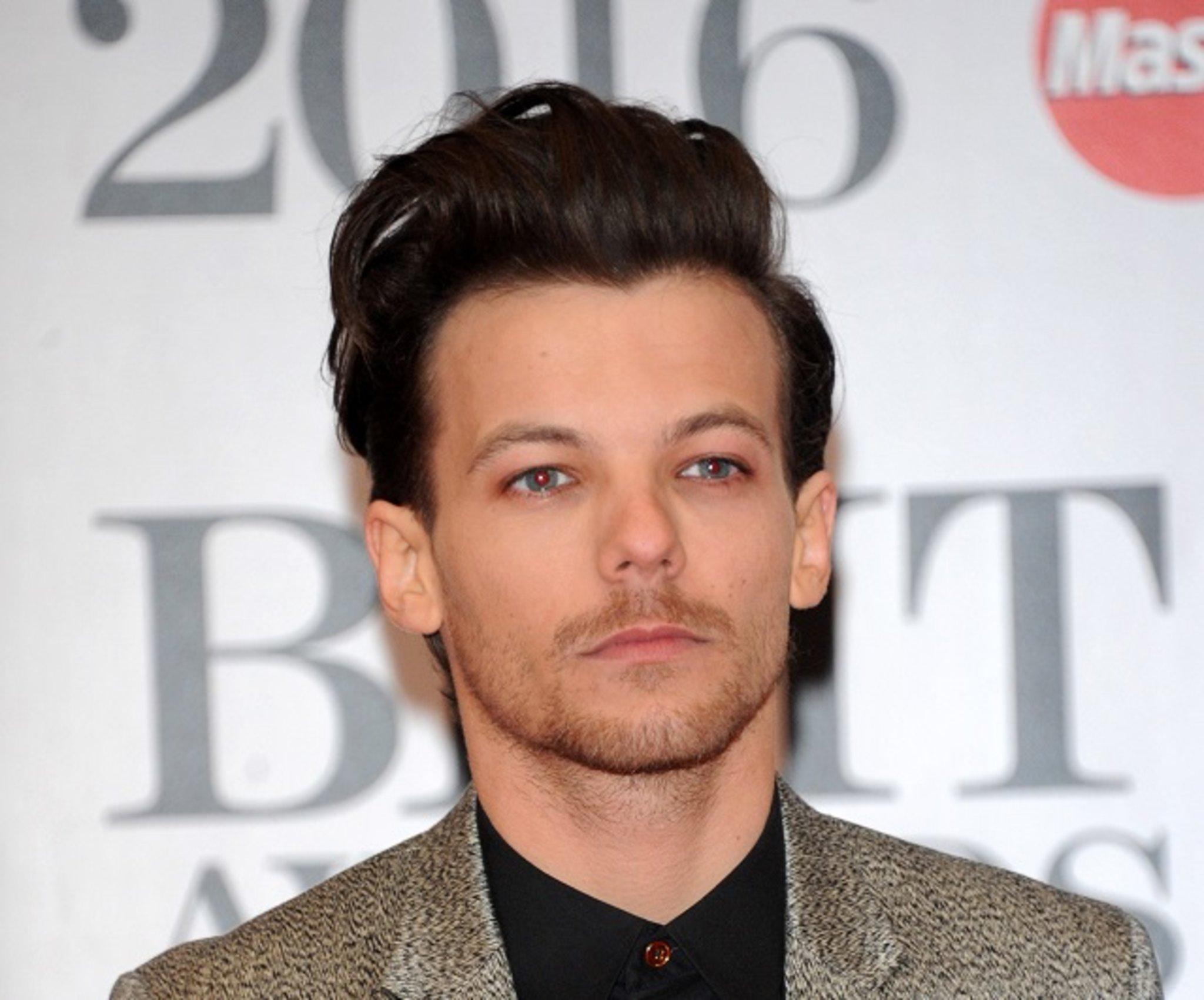One Direction Wer Ist Reicher Harry Styles Oder Louis Tomlinson