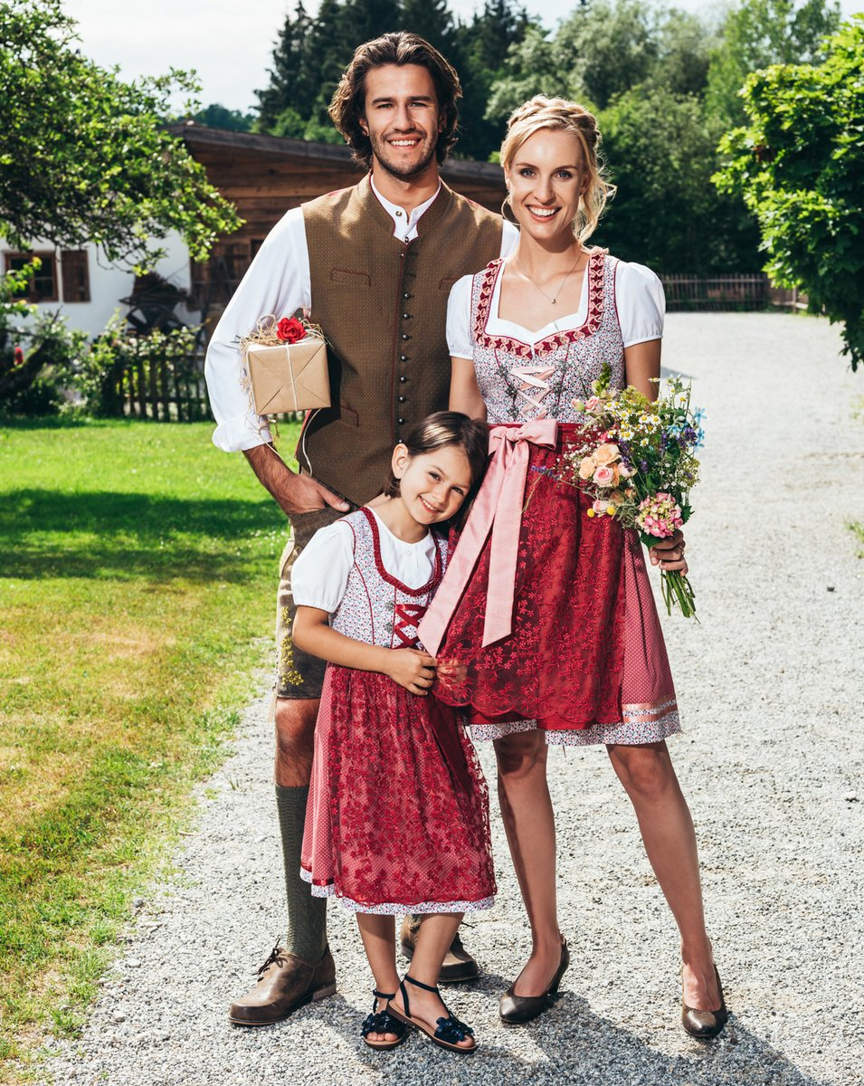 purchase cheap 63d3e 9a00b Trachten aus dem Weinviertel: Das neue Osteroutfit wartet ...