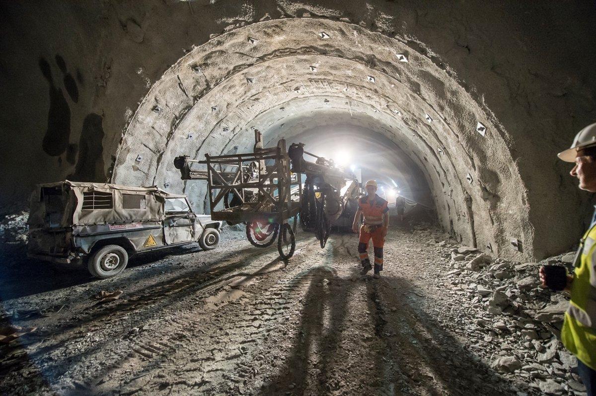 """Unter den Alpen hindurch: der Brenner-Basistunnel in """"Erde"""""""
