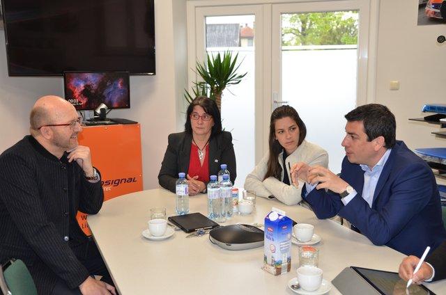 Bekanntschaften in Neunkirchen - Partnersuche & Kontakte
