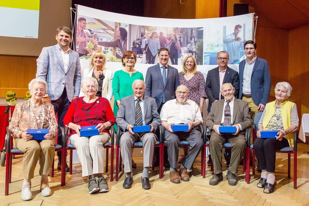 Seniorenehrung Wels 116 Senioren Wurden Zum Geburtstag Geehrt