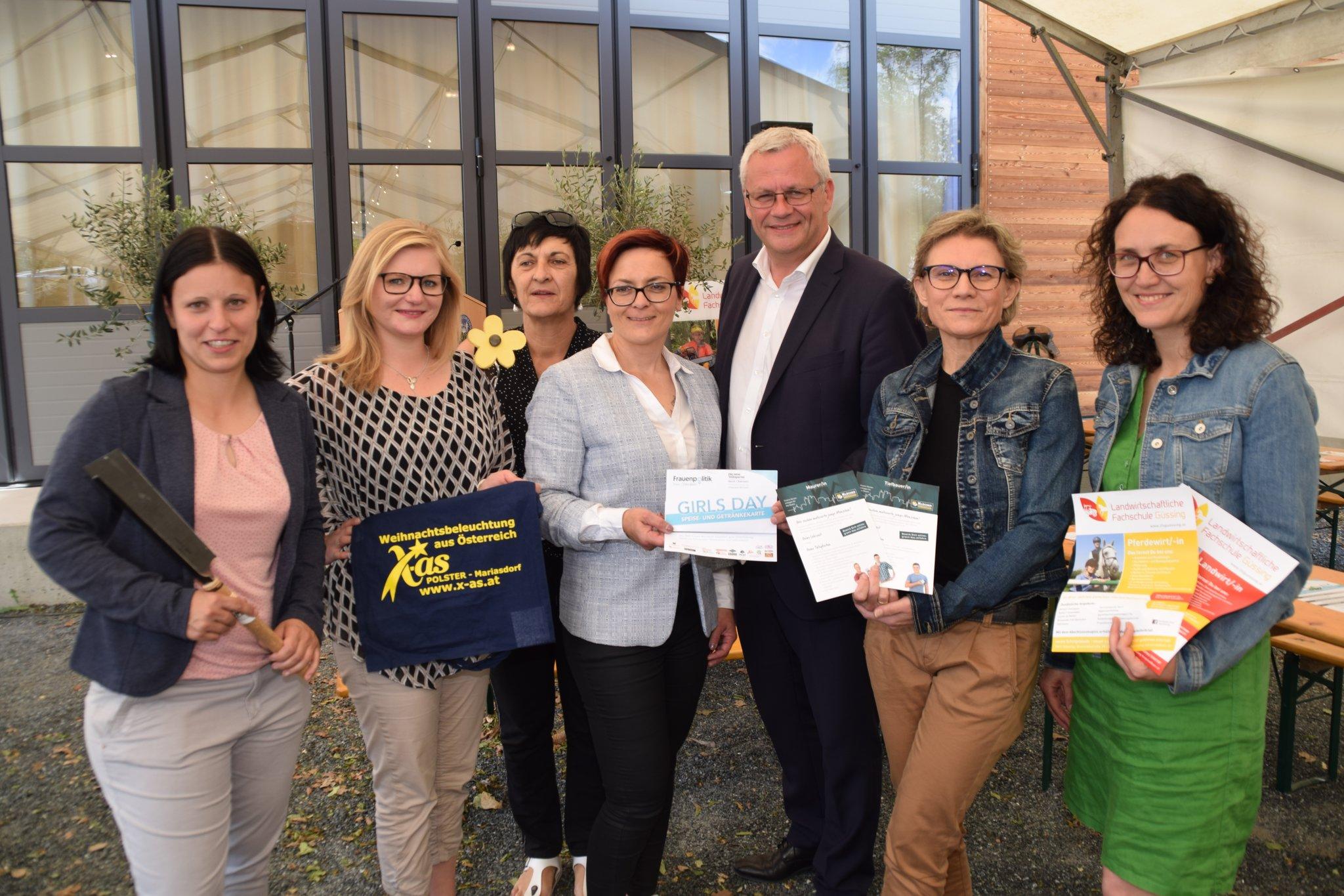 Ottensheim stadt kennenlernen - Bernstein frauen treffen frauen