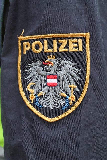 Lind polizisten kennenlernen. Chat erotikkontakte