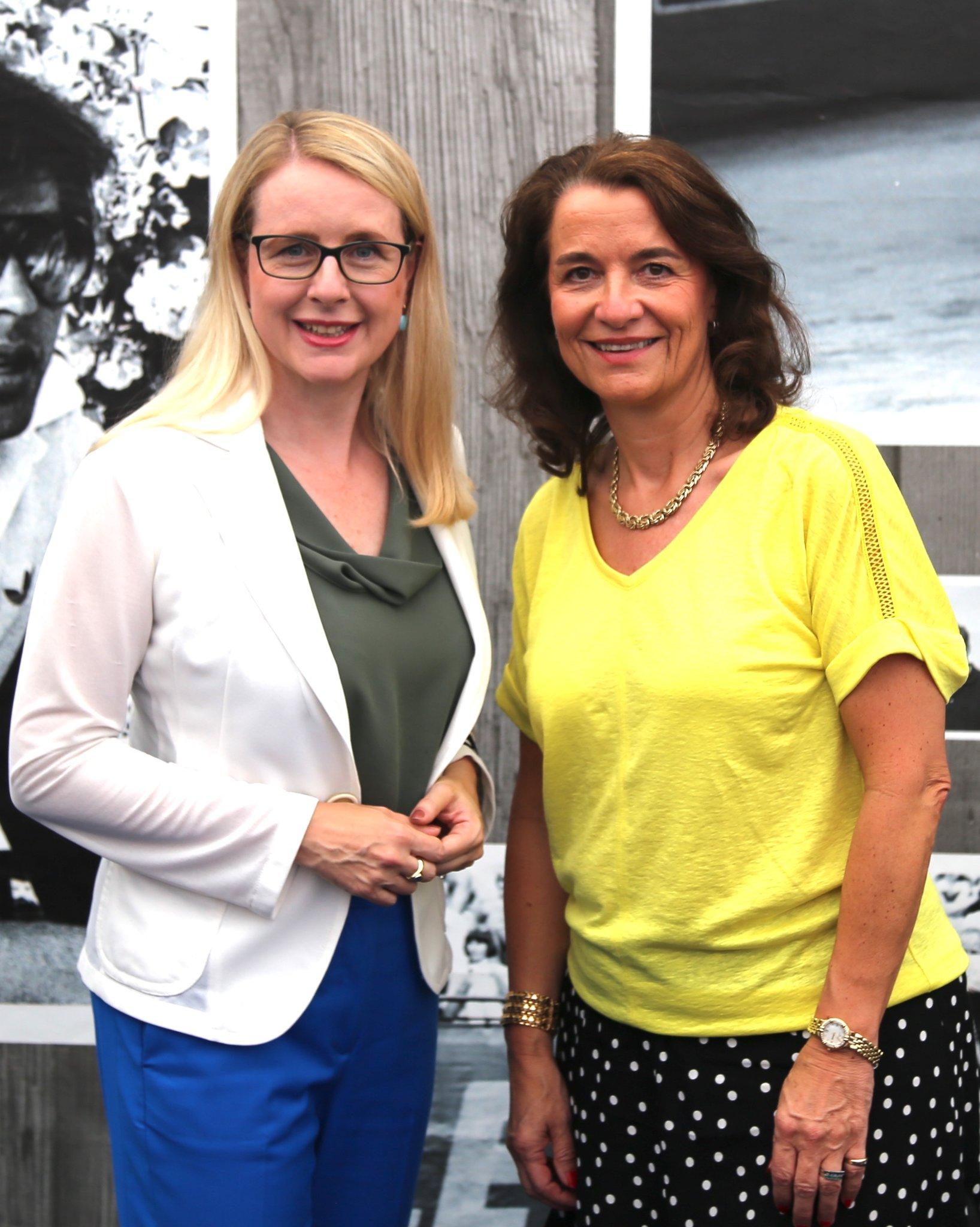 Frauen in Kitzbhel - Thema auf optical-mark-recognition.com