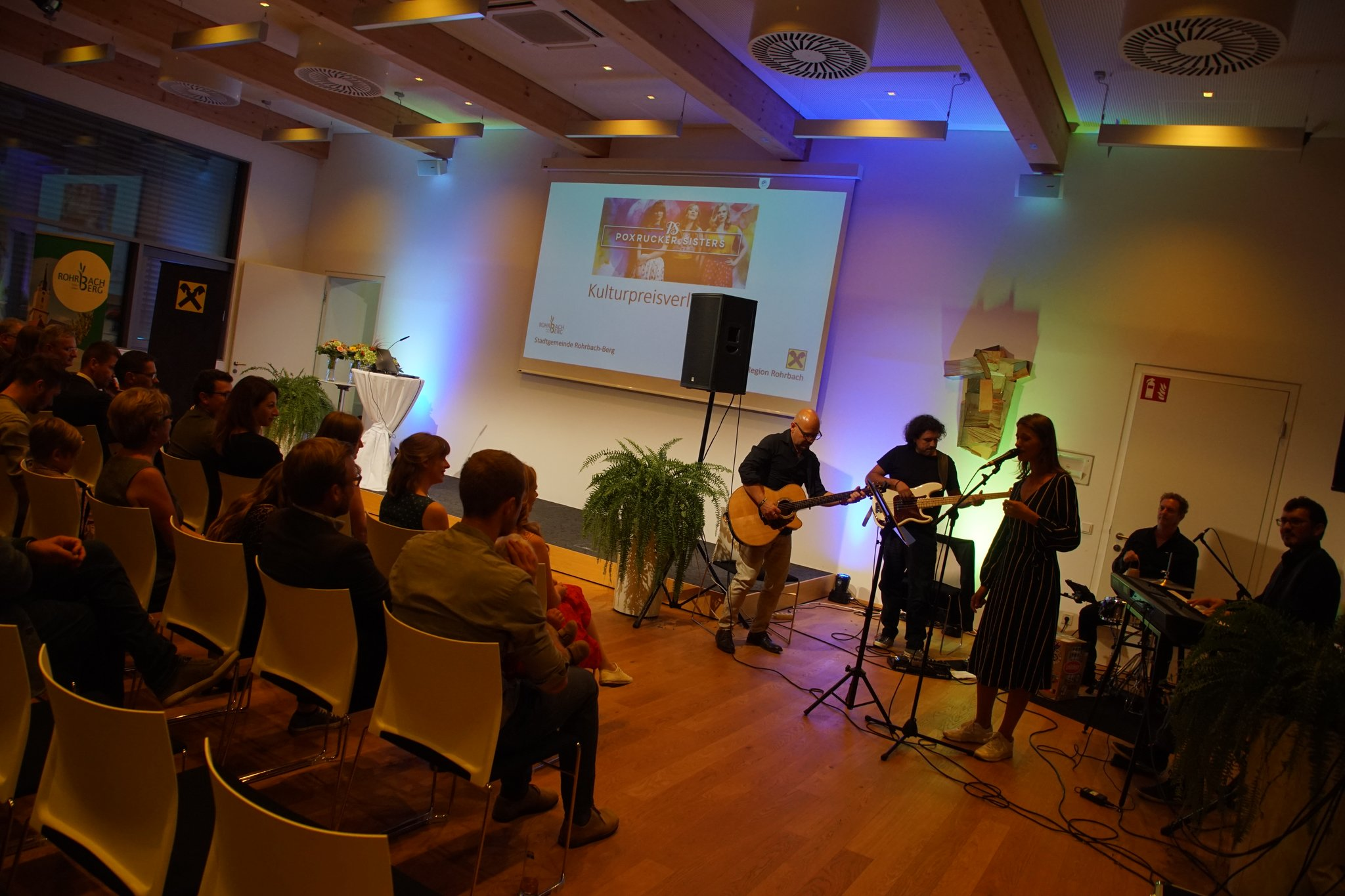 Bar Fr Singles Rohrbach Berg, Badoo Dating Feldkirchen In