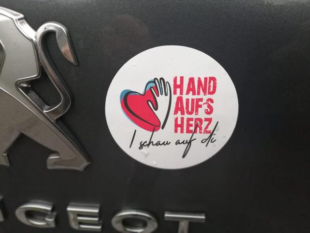 Hand Aufs Herz Forum