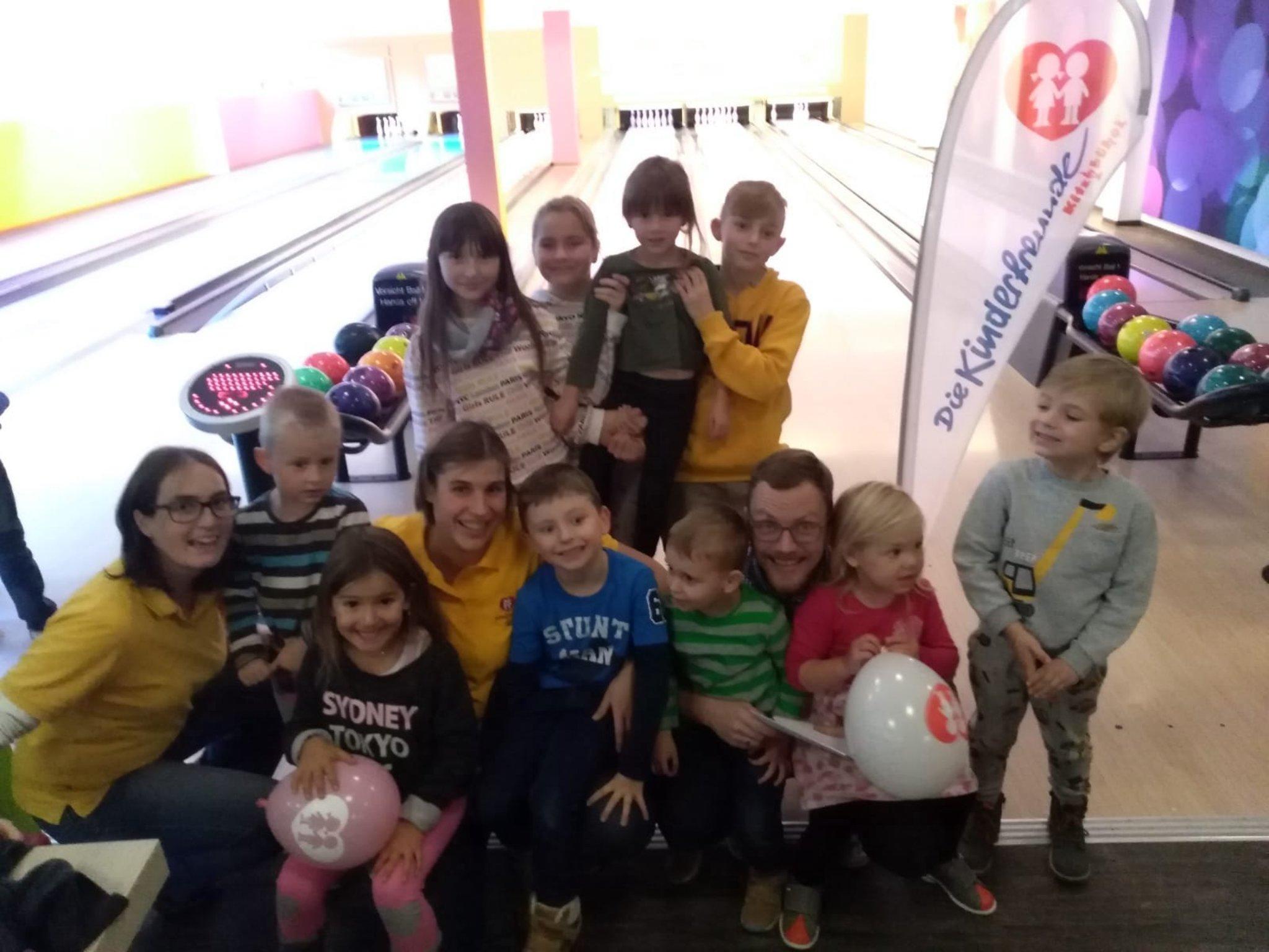 Kinderfreunde Kitzbühel: Bowling in der arena365 - Kitzbühel - meinbezirk.at