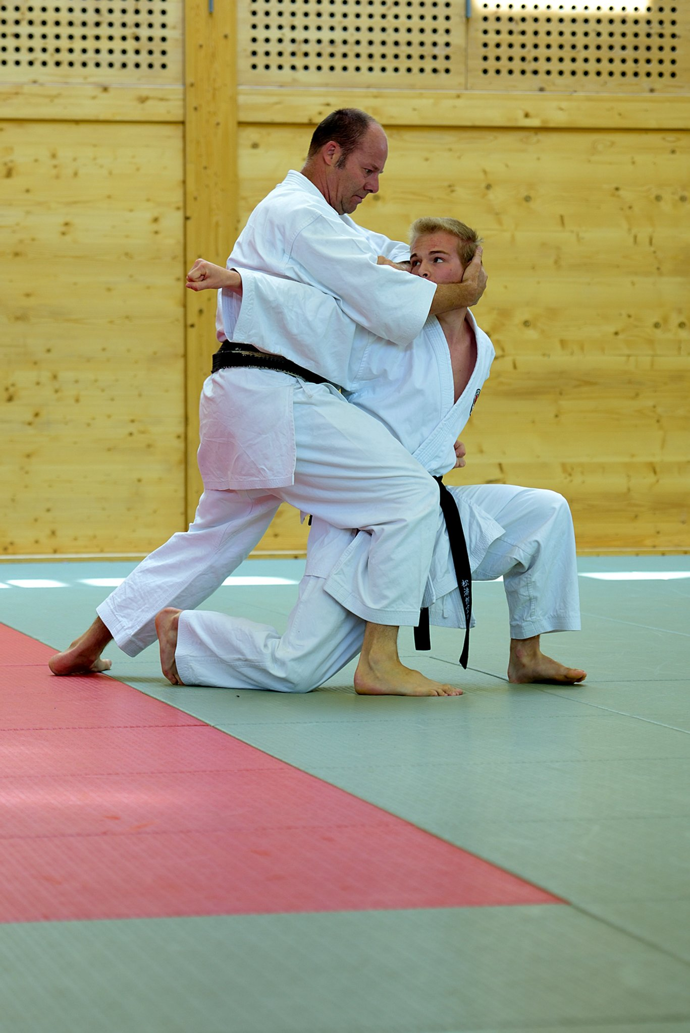 Karate: Neue Dan-Grade für Gmundner Vater-Sohn-Duo - meinbezirk.at