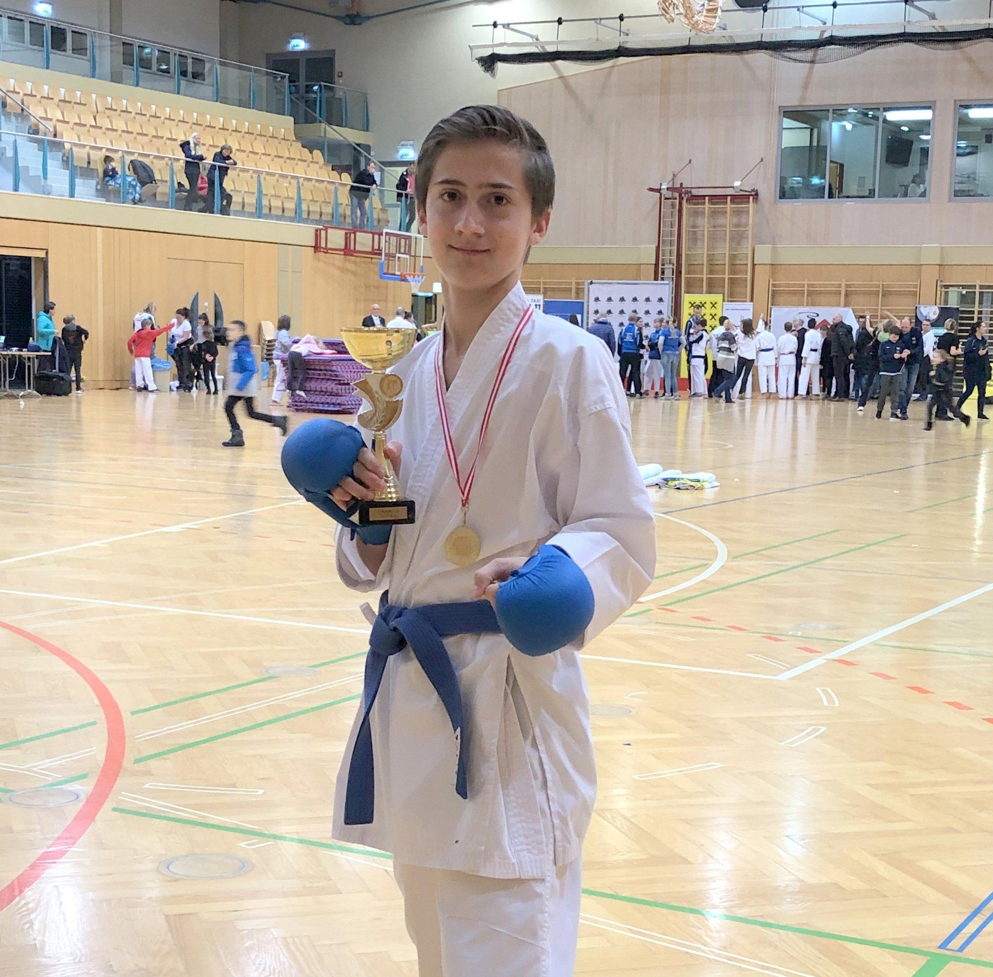 Sport Union Köflach: Karate-Gold für Marius Schmelzer - meinbezirk.at