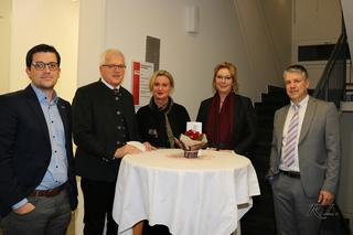 Judenburg partnersuche 50 plus: Kefermarkt speeddating