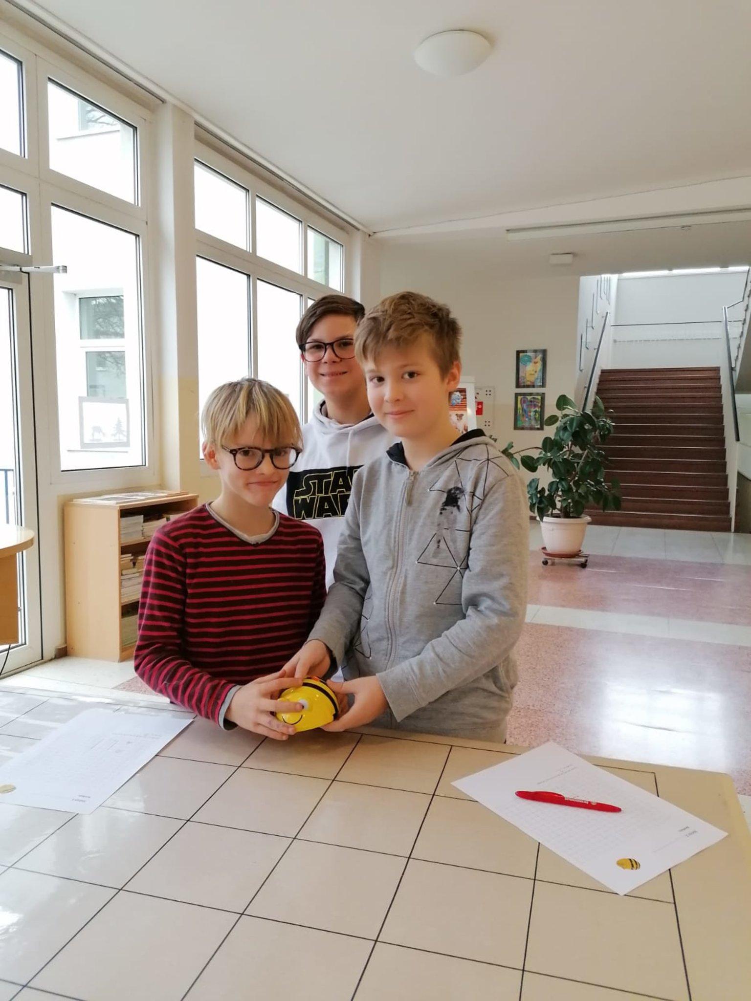 Hernals singles frauen Schattendorf als single