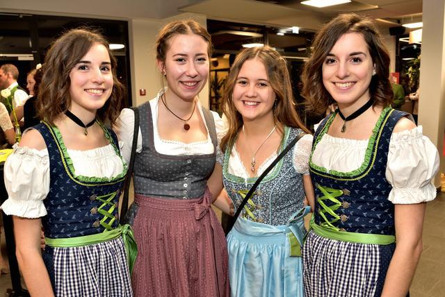 Foto 100 von 139:: Pfingstzeltfest Biberbach:: Sportplatz