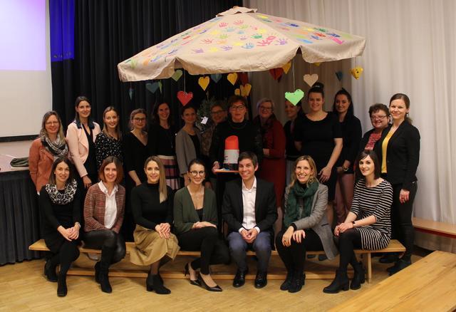 Frau single in stra-spielfeld, Singlespeed eisbach