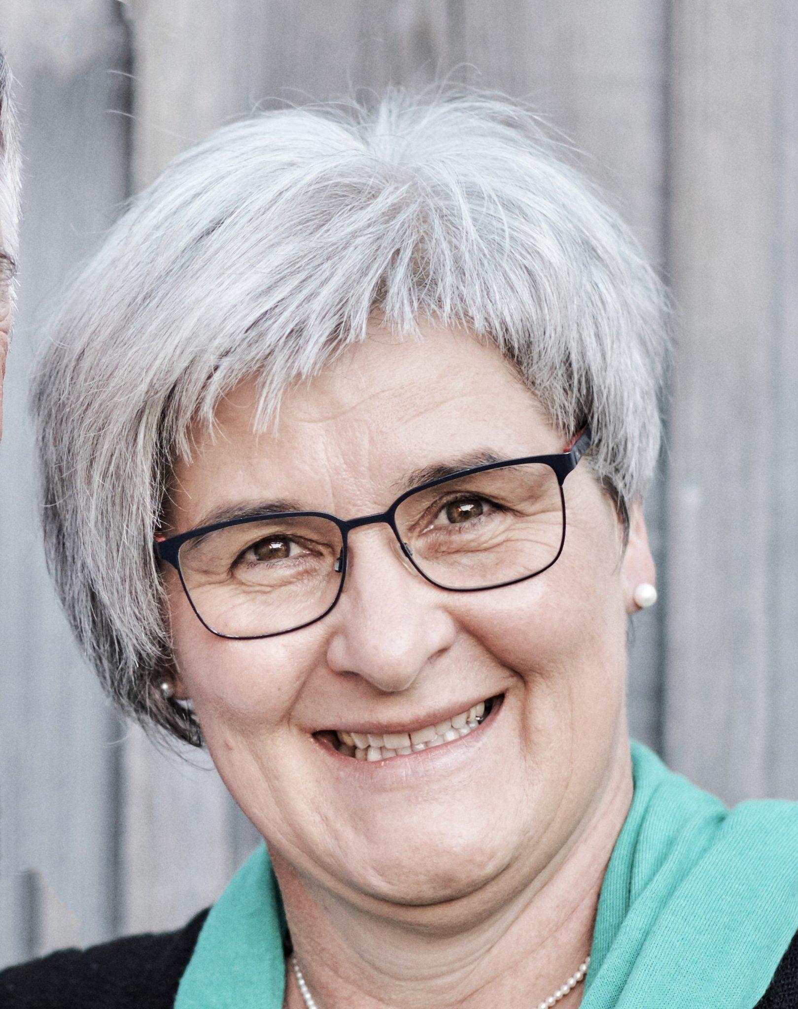 Eberschwang wo frauen kennenlernen Singleborse aus neuhofen