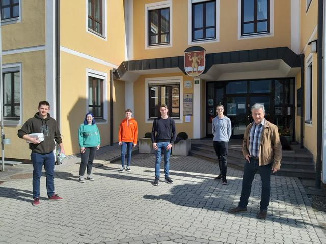 Die dosigen Kirchbacher laden zum groen Treffen - comunidadelectronica.com