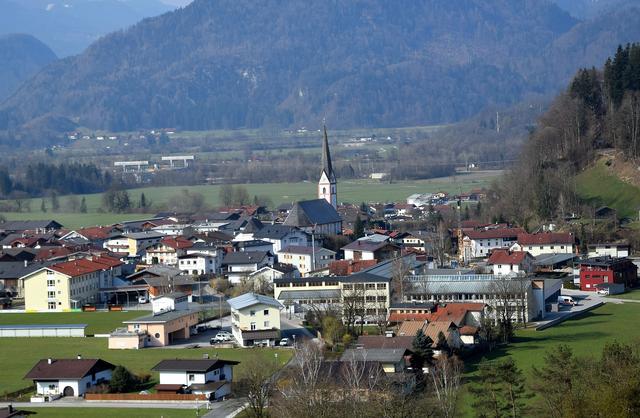 Niederndorf kostenlos partnersuche, At uni leute kennenlernen