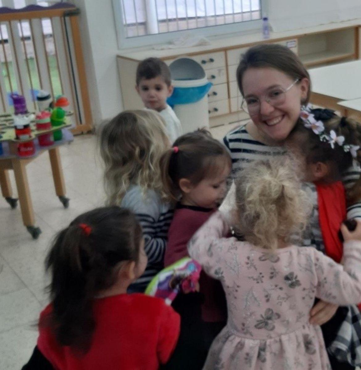 Verein Österreichischer Auslandsdienst: Anna Fürstaller aus Taxenbach arbeitete in einer Israelischen Kindertagesstätte.