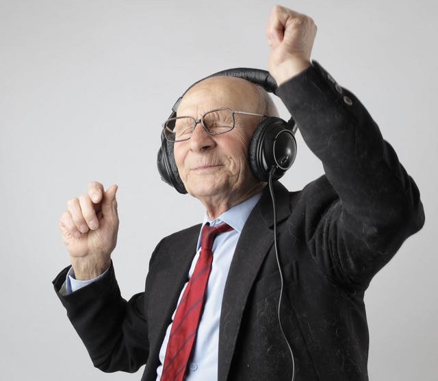 Partnersuche senioren aus jakomini, Sexkontakt markt berlin