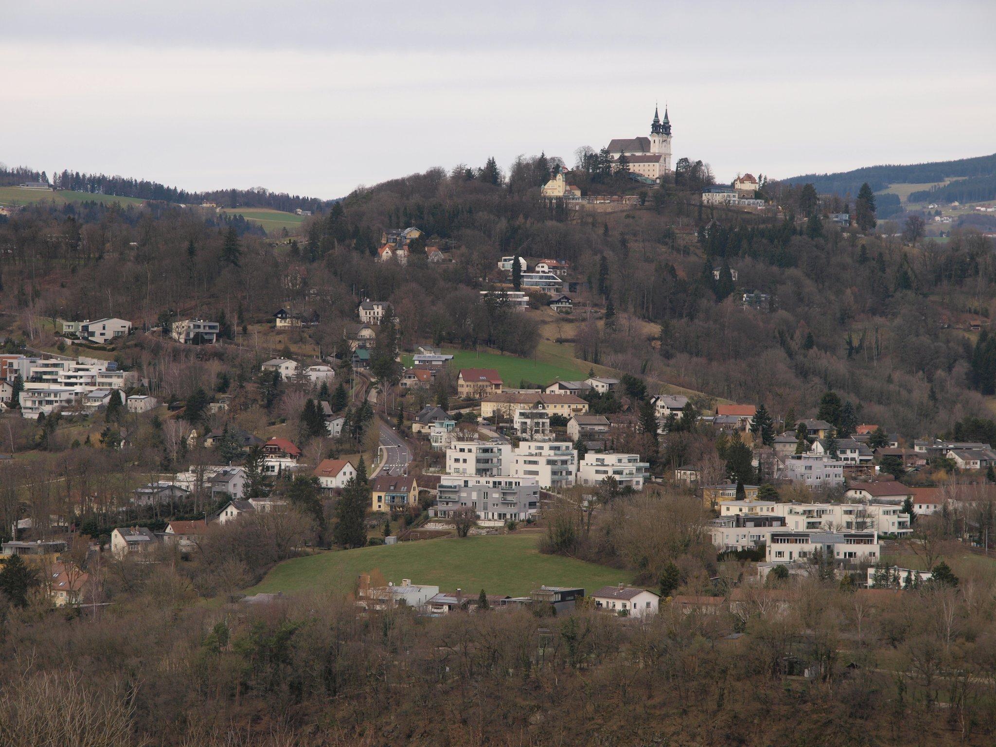Kaum Umwidmungen, aber häufige Verdichtung auf Linzer Hausberg