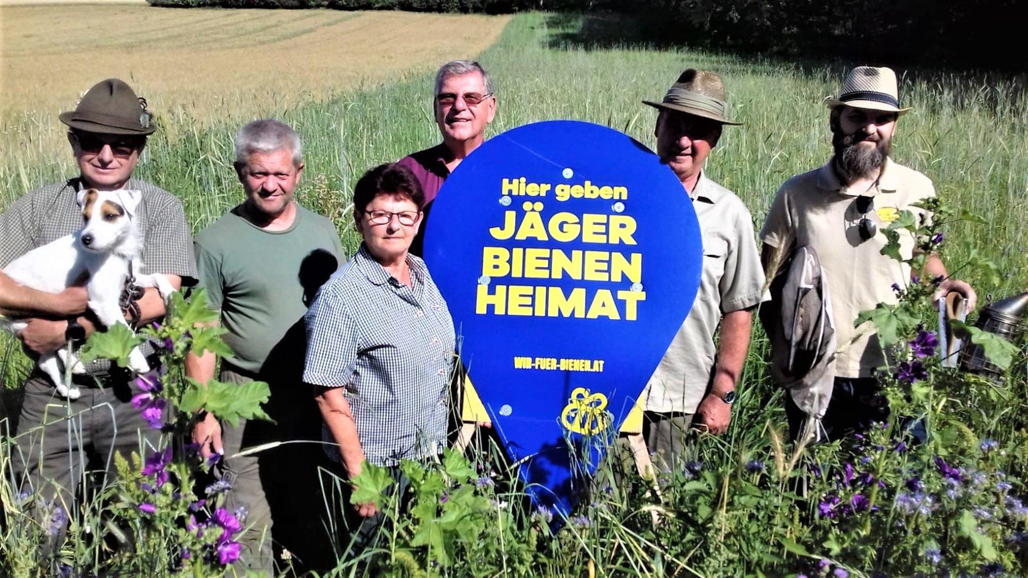 Jägerinnen und Jäger – Verantwortungsträger für Fauna und Flora.: Mistelbachs Jäger geben Bienen Heimat!