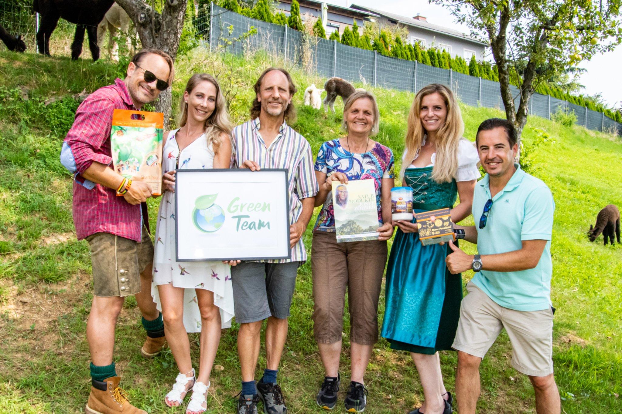 green-team-drehtag-mit-stargast-leo-aberer-models-im-naturpardies-z-hrer-in-st-nikolai