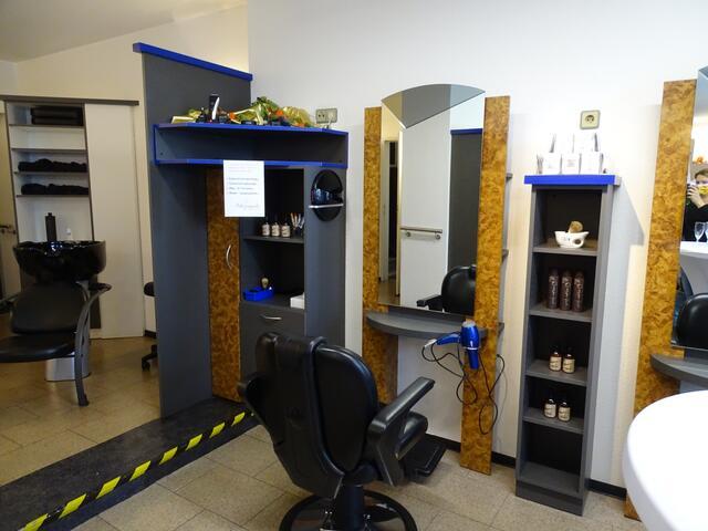 Neueröffnung Friseursalon