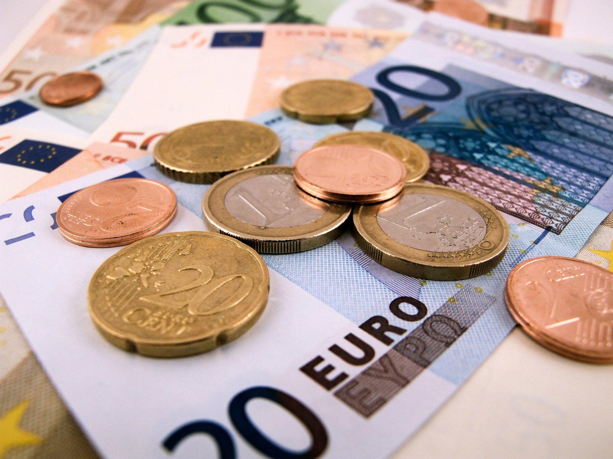 Prognose: 2021 bringt größtes Wirtschaftswachstum seit 40 ...