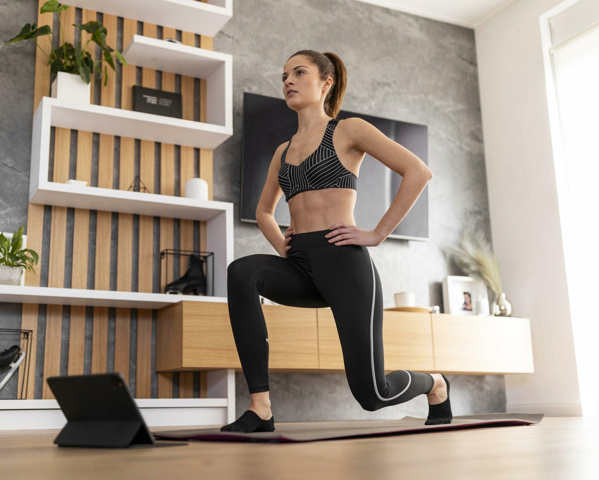 Gratis-Online-Fitness-w-hrend-des-Lockdowns