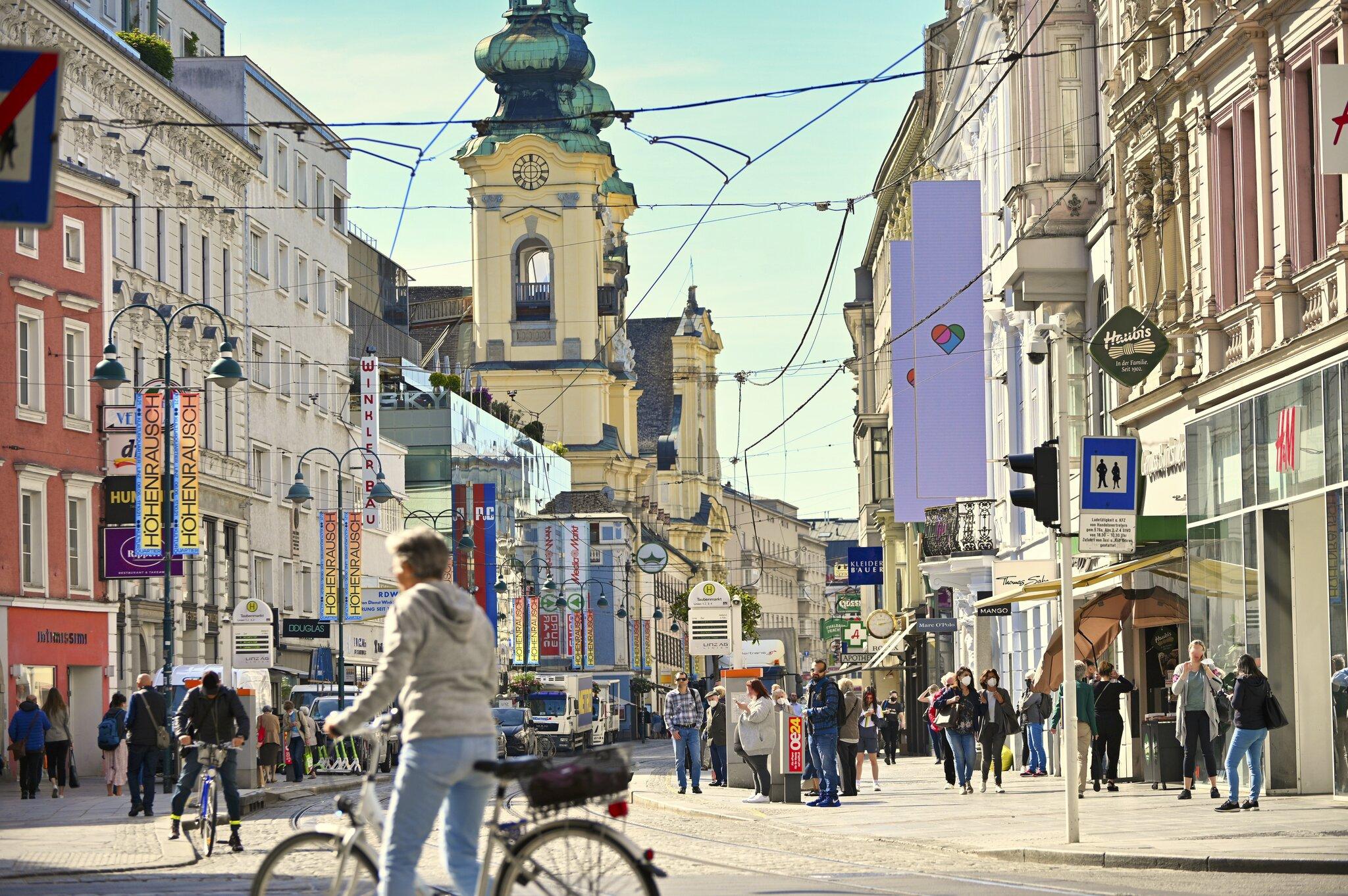 Ja zu Linz: Die ganze Stadt feiert ihr großes Comeback - Linz