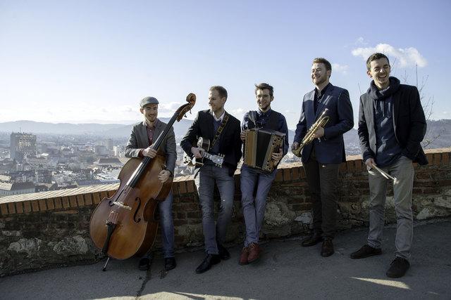 Jazz'n'Folk spielen in der Steinhalle Lannach ihr Masterkonzert der Grazer Kunstuni.