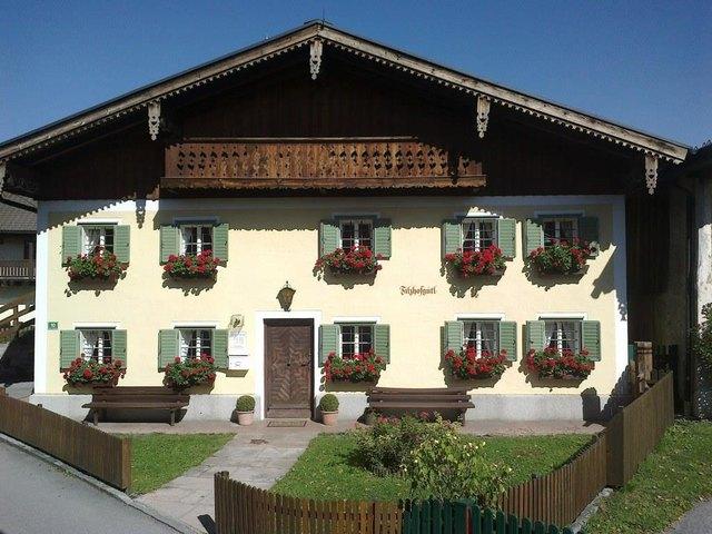 Das Filzhofgütl ist ein altes Bauernhaus im typischen Stil des Tennengaus.