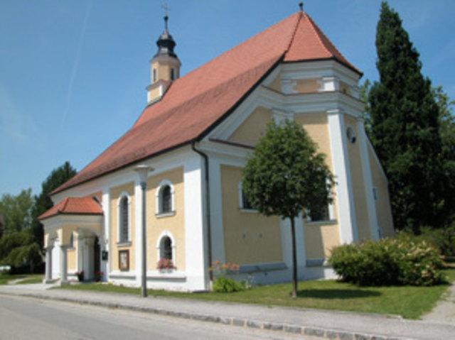 """In der Riedkirche St. Sebastian in Andorf gibt's am 25. Mai 2018, bei der Langen Nacht der Kirchen"""", Wissenswertes zum Thema """"Bibel""""."""