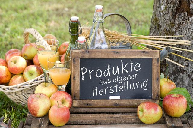 Beim Hofmarkt gibt es Produkte aus eigener Herstellung.