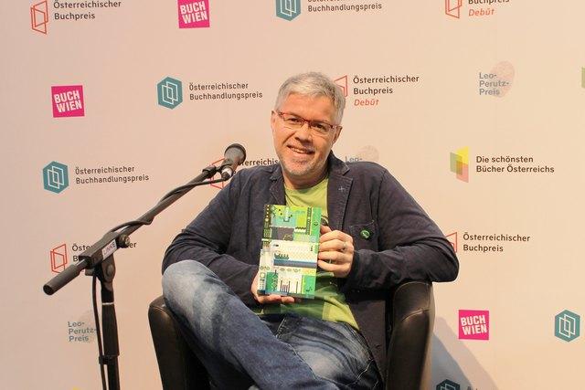 Gerhard Benigni liest am 27. Mai im Rahmen des Lesefrühstücks in der Bibliothek Bodensdorf