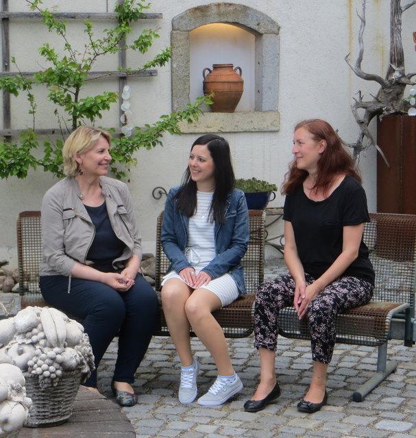 Juta Tanzer, Annika Höller und Karin Kehrer lesen aus ihren Werken.