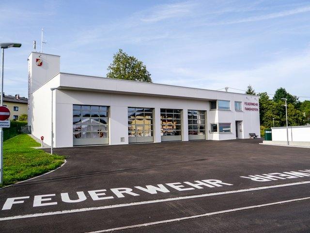 Die FF Ranshofen lädt zur Feuerwehrhaus-Segnung mit Familienfest am 23. und 24. Juni.