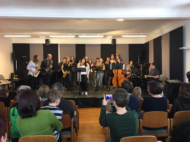 Die Schüler der Landesmusikschulen Schlägl und Ulrichsberg zeigen ihr Können.