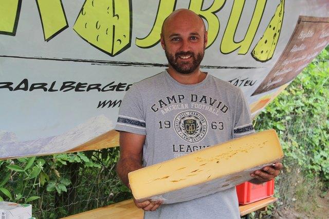 Daniel Paus ist einer der 19 Aussteller am Bauernmarkt St. Kanzian