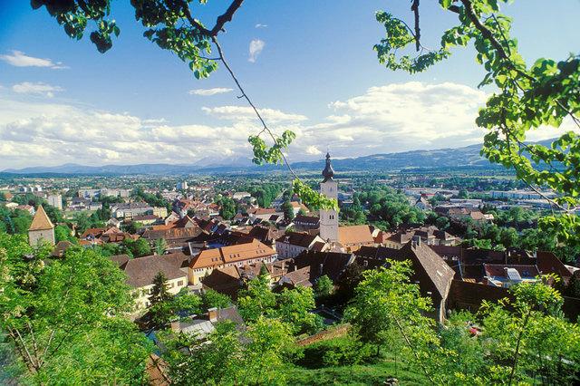 Der Blick vom Schloss Wolfsberg aus