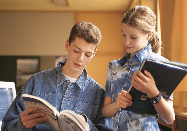 Lesepass in den Bibliotheken holen und tolle Preise gewinnen....