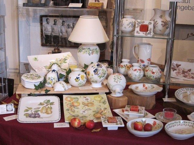 Keramiken von Agnes Graf.