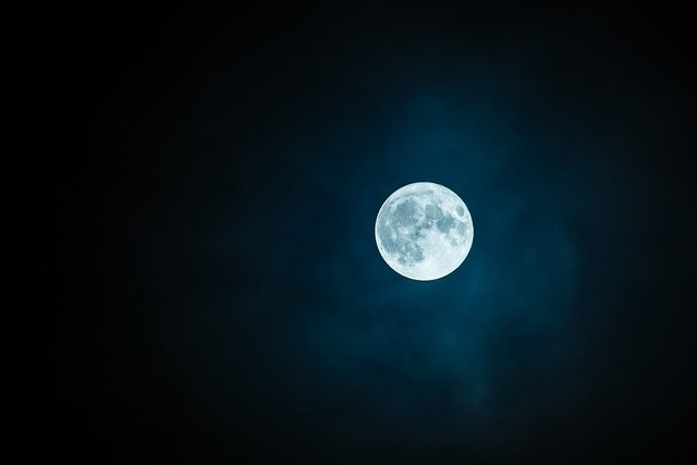 Erleben Sie die Groppensteinschlucht bei Nacht