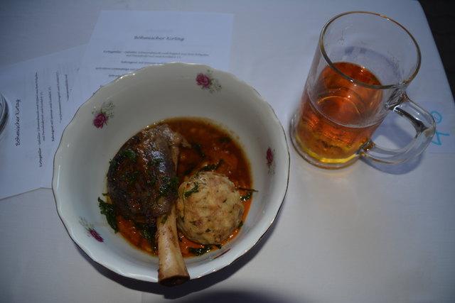 Böhmische Küche und böhmisches Bier gibt es beim Böhmischen Kirtag im Gasthaus Csencsits.