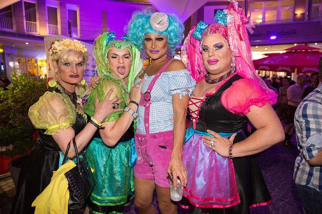 Bereits zum elften Mal feiert die LGBTQ-Szene von Mittwoch bis Samstag wieder ein buntes, schrilles Festival am Wörthersee