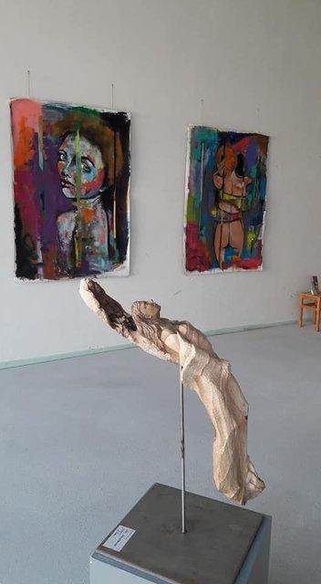 Die Ausstellung läuft insgesamt fünf Wochen und ist zu den Öffnungszeiten des KISS frei zugänglich.