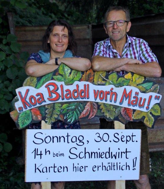 """""""Koa Bladdl vor'n Mäu und koa Brettl vor'n Hirn"""" ist das Motto der Mundartdichter beim Schmiedwirt in Waldzell."""